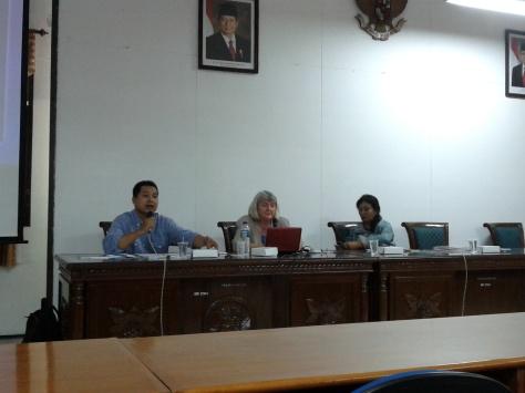 Prof. Pan Nilan at FISIP Unair
