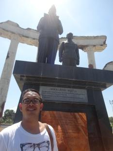 Tugu Pahlawan Surabaya (1)